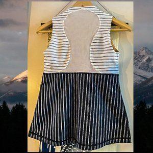 lululemon athletic black&white stripe top size 4